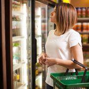 El consumidor español vuelve al supermercado y a viajar en vacaciones