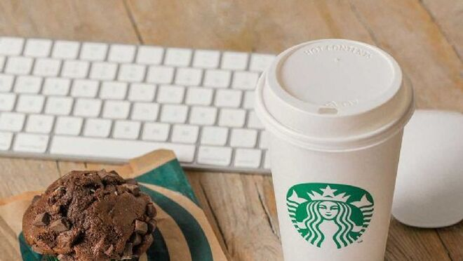 El café arábica y los dulces de Starbucks llegan a Glovo
